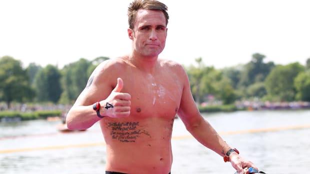 ky-hurst-oracle-swimming-lead.jpg