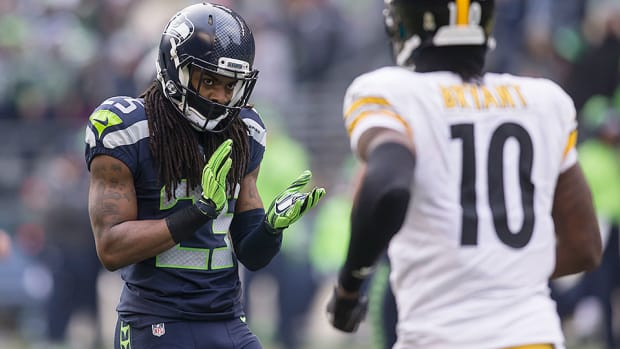 richard-sherman-tape-seahawks-defense-nfl-playoffs.jpg