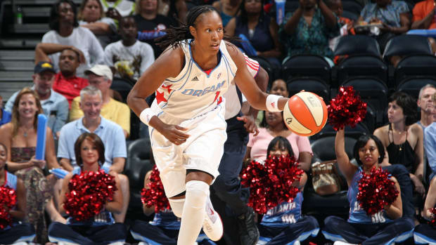 chamique-holdsclaw-wnba-mental-illness.jpg