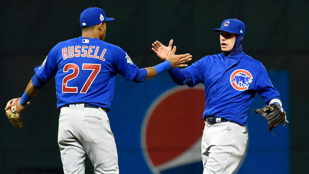 cubs-indians-world-series-game-2-russell-baez.jpg