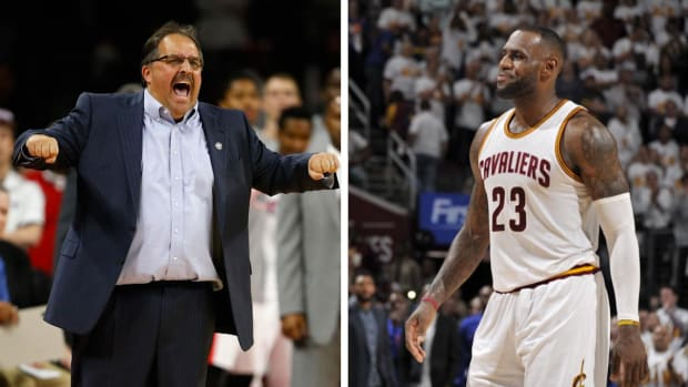 Stan Van Gundy: Refs give LeBron James preferential treatment - IMAGE