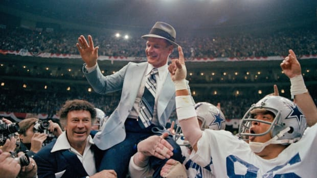 tom-landry-nfl-wonderlic-test-history.jpg