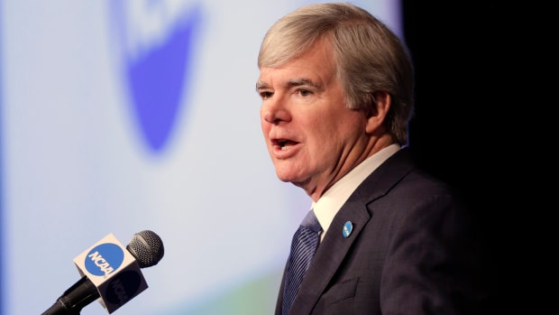 mark-emmert-michigan-practices.jpg