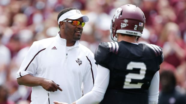 Kevin Sumlin: Johnny Manziel needs to change if he wants to play - IMAGE