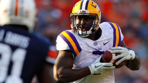 leonard-fournette-declares-nfl-draft.jpg