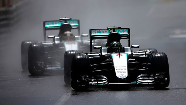 Hamilton-Rosberg-Dan-Isitane.jpg