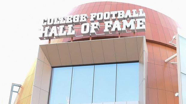 college-football-hall-virtual-reality.jpg