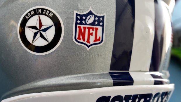 NFL won't allow Cowboys to wear Dallas police decal for preseason - IMAGE