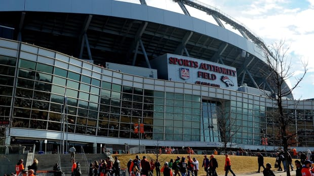 Fan falls 30-50 feet at Broncos' stadium - IMAGE