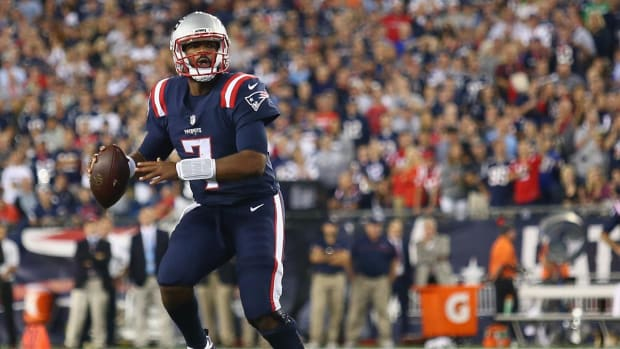Jacoby Brissett wins Patriots debut - IMAGE