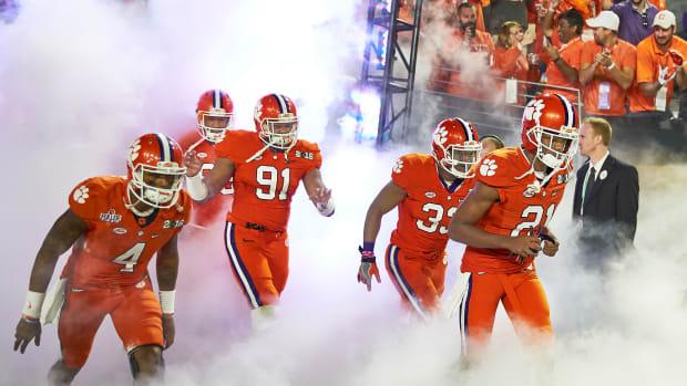 college-football-preview-2016-top20-01-clemson.jpg