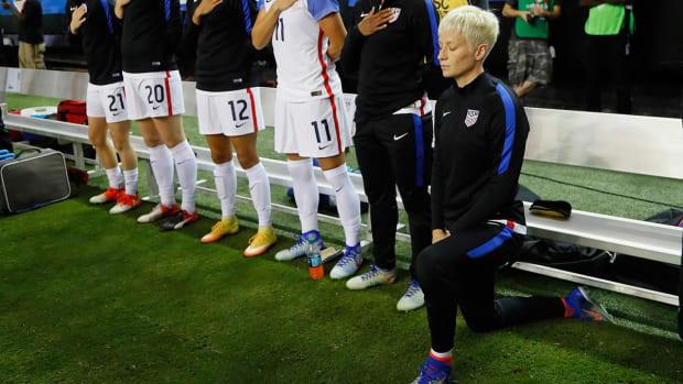 Megan Rapinoe explains why she knelt during national anthem - IMAGE