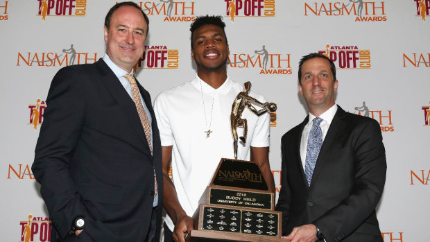 Oklahoma's Buddy Hield named Naismith Trophy winner -- IMAGE