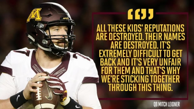 Minnesota football boycotting to protest teammates' suspensions - IMAGE