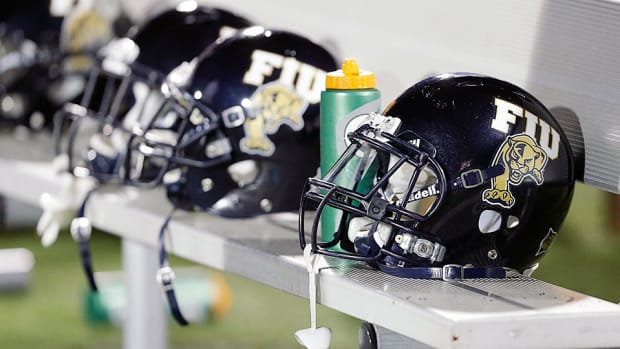 fiu-football-ron-cooper-promoted-defensive-coordinator.jpg
