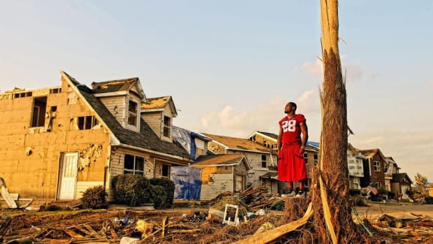 Five years after the storm: How the 2011 Tuscaloosa tornado shaped a community, a football team and me