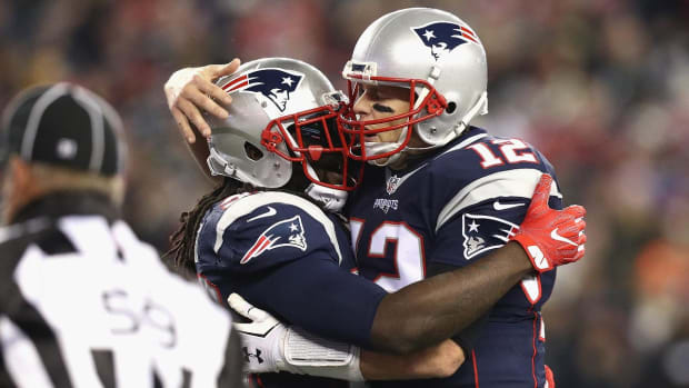 LeGarrette Blount reaches milestone in Patriots MNF win - IMAGE