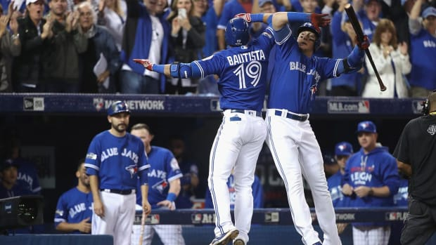 Blue Jays defeat Orioles in extra innings to advance to ALDS - IMAGE