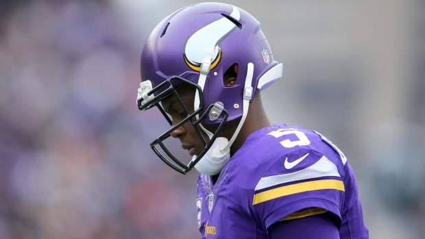 Report: Teddy Bridgewater to have knee surgery Thursday - IMAGE