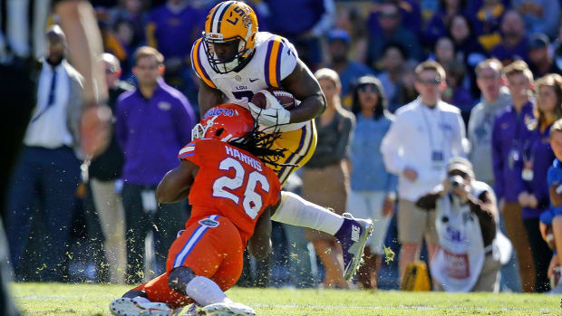 LSU RB Leonard Fournette involved in scuffle, loses to Florida--IMAGE