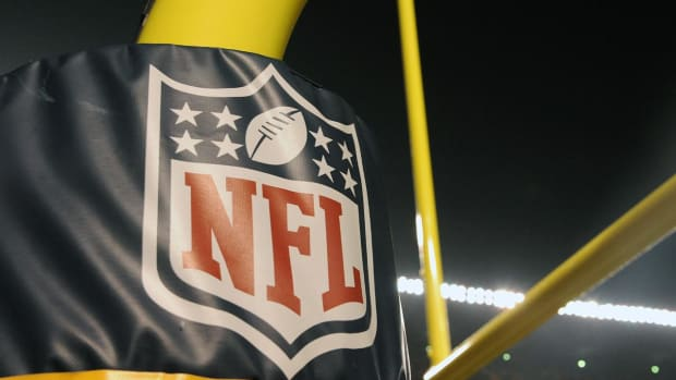 NFL will punish teams that fail to follow concussion protocol - IMAGE