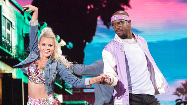 von-miller-dancing-with-the-stars.jpg