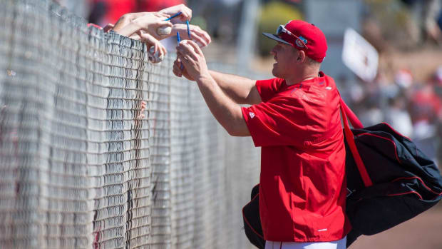 Los Angeles Angels slugger Mike Trout does not condone bat flipping -- IMAGE