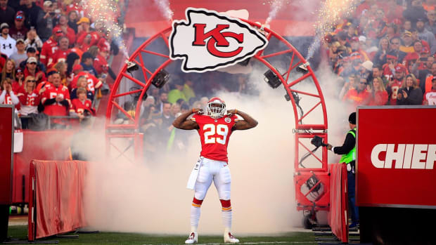 Chiefs S Eric Berry signs franchise tender - IMAGE