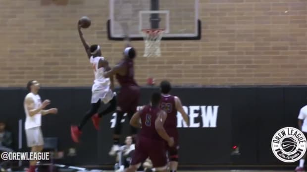 andre-drummond-dunked-on-drew-league.png