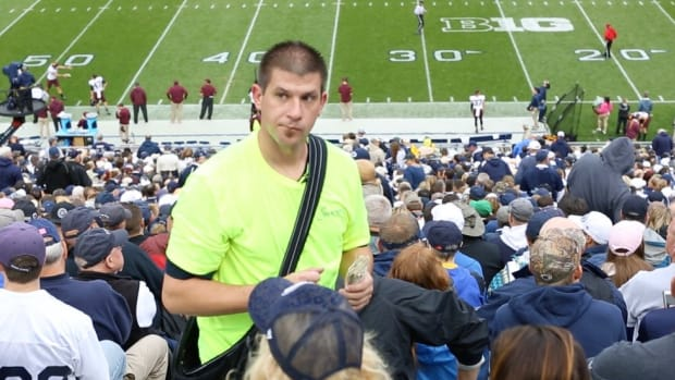 A Day in the Life: What it's like for one of Penn State's busiest vendors during a home game