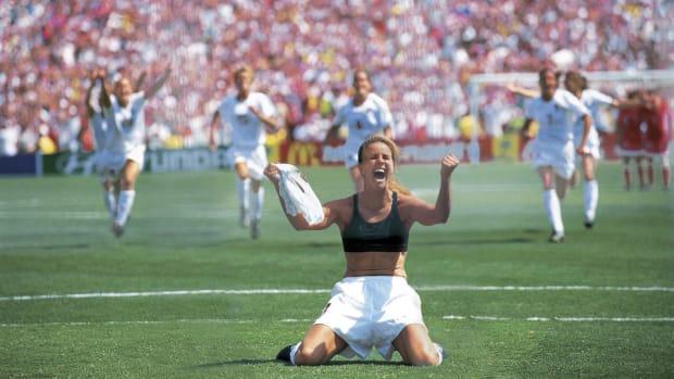 chastain-1999-wwc-final.jpg