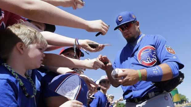 Kyle Schwarber could return for World Series--IMAGE