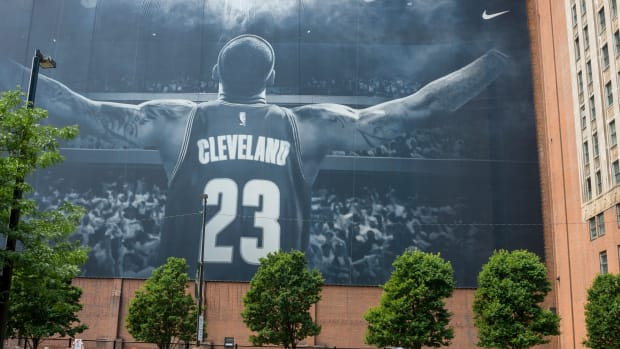 lebron-james-cleveland-cavaliers-career.jpg