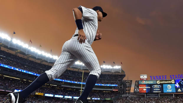 Alex Rodriguez plays final game with Yankees--IMAGE