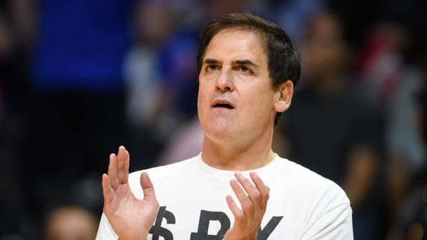 Mark Cuban offers Donald Trump $10M for interview -- IMAGE
