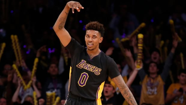nick-young-swaggy-p-kanye-west-yeezy-boost-lakers.jpg
