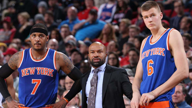 Derek Fisher exploring options to return to playing in the NBA - IMAGE
