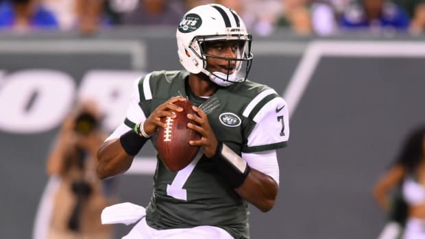 Geno Smith 'still pissed' Jets re-signed Ryan Fitzpatrick--IMAGE