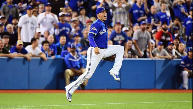 blue-jays-ryan-goins-alcs-game-3.jpg