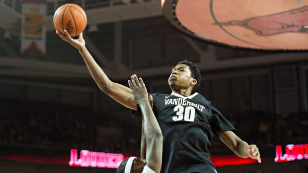 vanderbilt damian jones return school