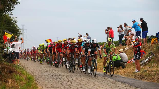 tour-de-france-stage-4-cobblestones-960.jpg