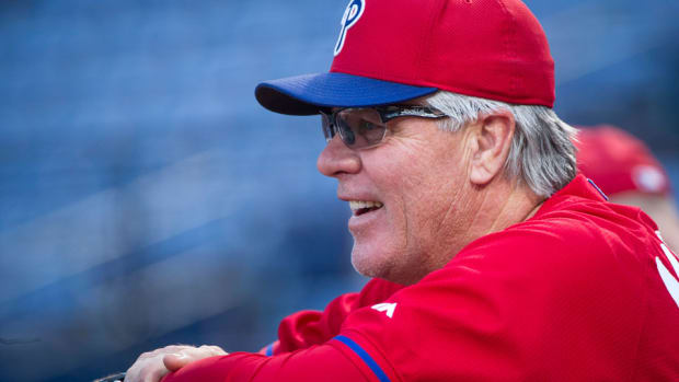 pete-mackanin-phillies-manager-contract.jpg