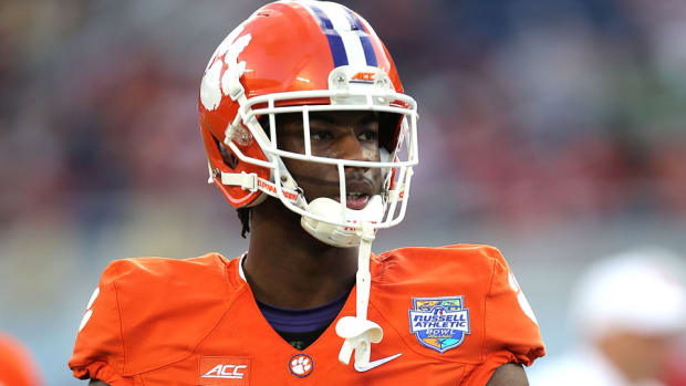 clemson-mike-williams-injury-out-for-season.jpg