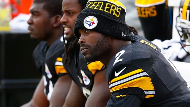 2157889318001_4566618298001_Mike-Vick-to-miss-at-least-a-week-with-hamstring-injury.jpg