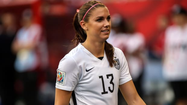 alex-morgan-knee-surgery.jpg