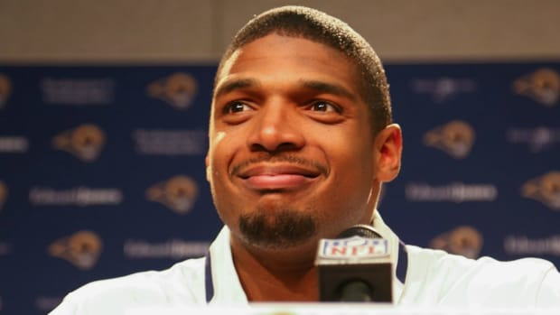 Michael Sam, Olympian Nastia Liukin will compete on Dancing With the Stars