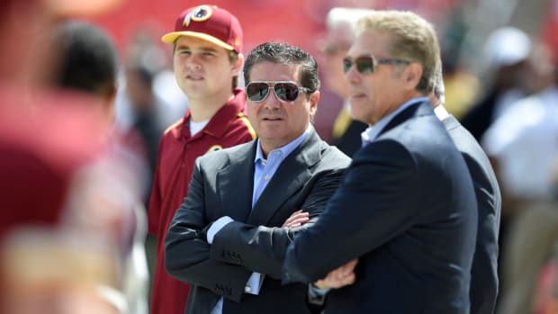 daniel-snyder-washington-redskins-native-american-bribing.jpg