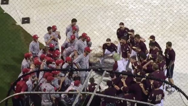 college-rain-delay-rock-paper-scissors.png