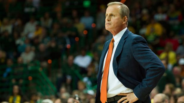 tennessee rick barnes hires new coach