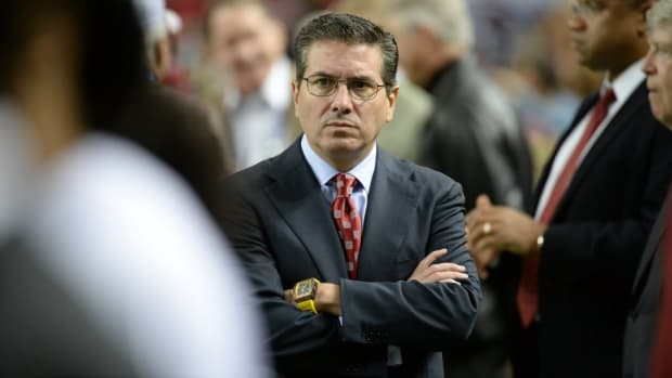 Redskins fans are crowdfunding a documentary about Daniel Snyder